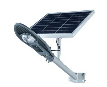 CClamp integrált napelemes LED reflektor távirányítóval - 50W snhl