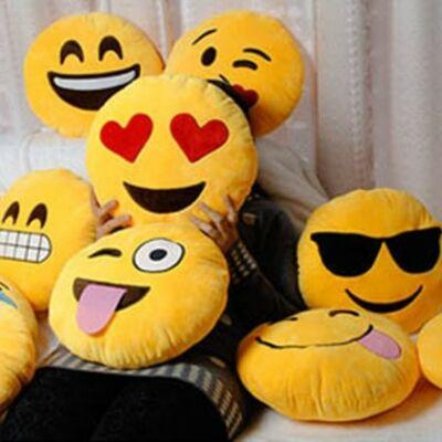 Smile párna - Emoji plüss párna